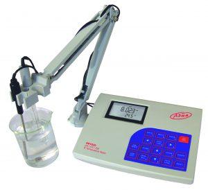 laboratóriumi pH mérő
